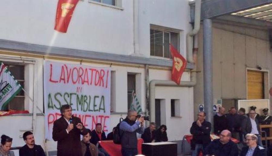 Il sindaco Brugnaro alla assembrea dei lavoratori ILNOR